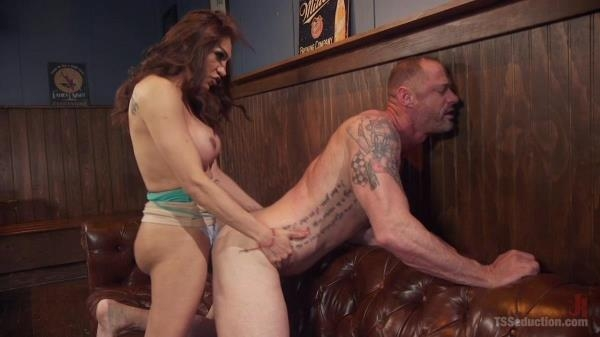 TSSeduction - Jessy Dubai & D. Arclyte - Vouyeristic Trassexual Fuck [HD, 720p]