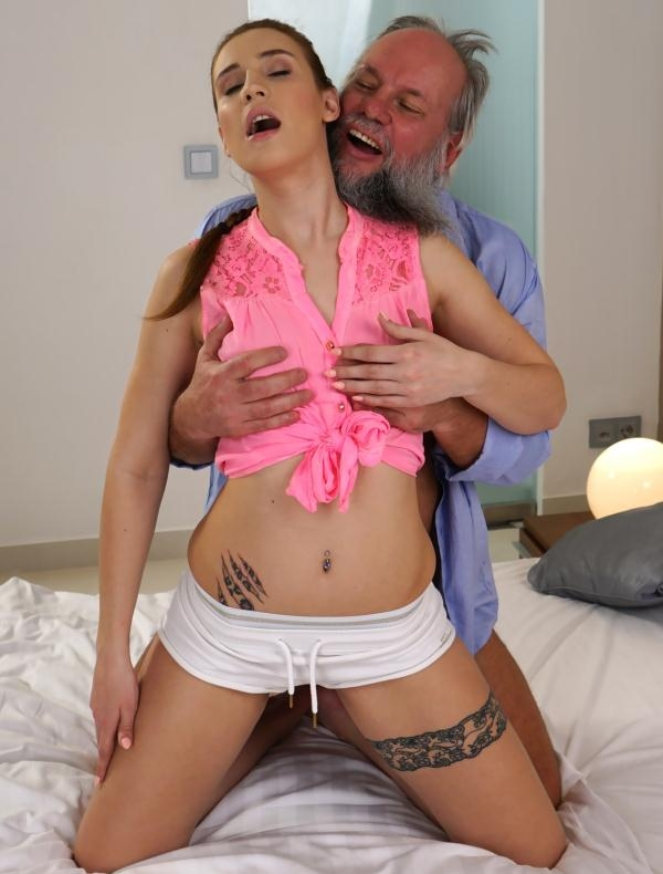 Lulu Love - Lulu Loves Tongue (GrandpasFuckTeens) [HD 720p]