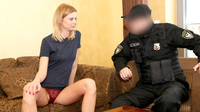 Steffany - Robbery Leads to Hotel Sex for Cop  [HD 720p]