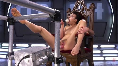 FuckingMachines.com / Kink.com [Lilith Luxe - Tall and Fit Sex Kitten Has Mind Blowing Orgasms from Our Machines] HD, 720p