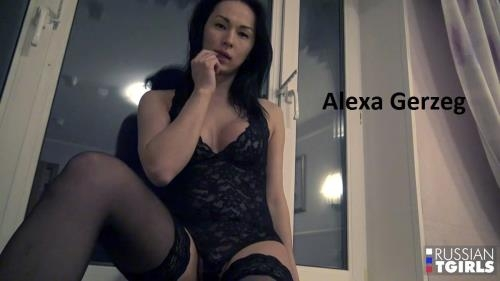 Russian-TGirls.com [Alexa Gerzeg - FLIRTATIOUS ALEXA ARRIVES IN RTG] HD, 720p