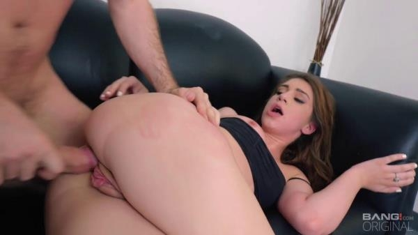 Bang, Casting - Joseline Kelly - Gives Up Her Pussy And Forehead To The Bang! Network [HD, 720p]