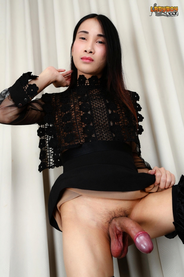 Cute Ten Asian Lady Boy In Solo