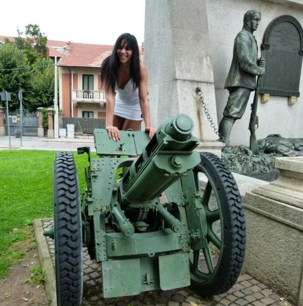 ScambistiMaturi: Floriana  - Naughty mature Romanian Floriana gets hairy pussy banged deep (2017) HD  720p