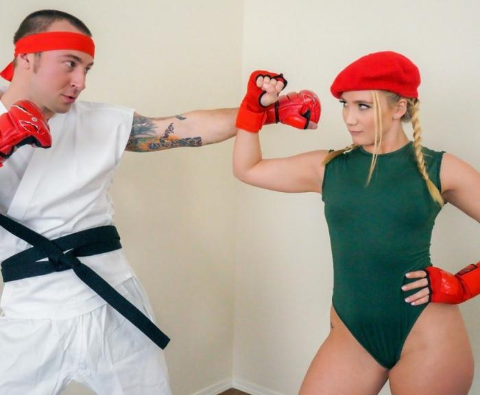 AJ Applegate - Video Game Cosplay Fuck  [HD 720p]