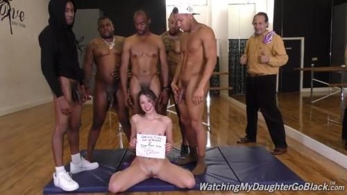 WatchingMyDaughterGoBlack.com / DogFartNetwork.com [Zoey Laine - BTS] SD, 432p
