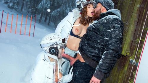 Antonia Sainz, Nikky Dream - Ski Bums Episode 3 (28 Mar 2017/DigitalPlayground.com/SD/480p)