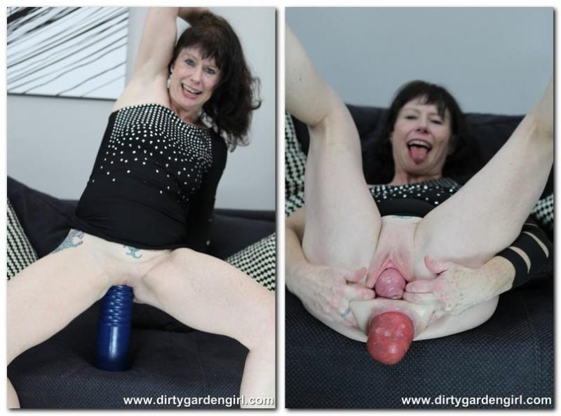 DirtyGardenGirl.com: Gigantic blue toy fuck [HD] (251 MB)