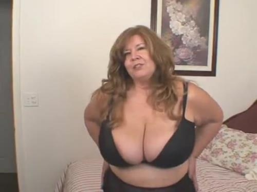 Clips4Sale.com / Southern-Charms.com [Curvy Sharon - Caught Watching Mommie] SD, 336p