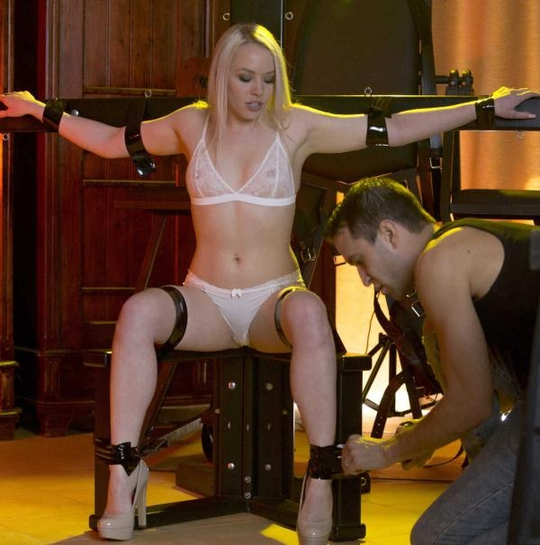 Lola Taylor - Shades of Kink (Babes) [HD 720p]