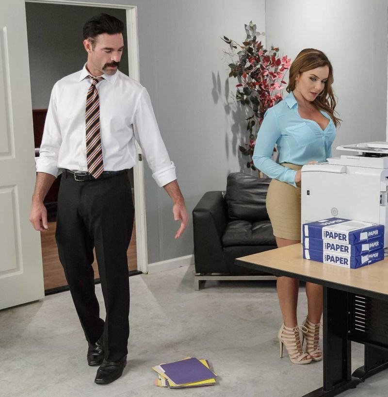 BigTitsAtWork/Brazzers: Natasha Nice - Office Initiation  [SD 480p] (300 MiB)