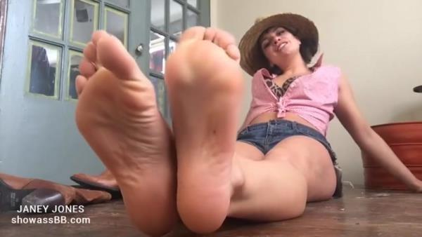 Janey Jones - Cowgirl (SD 480p)