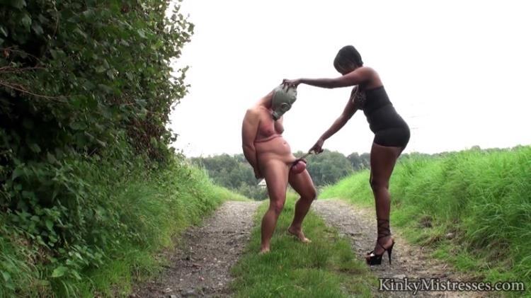 Big balls in the public [KinkyMistresses / HD]