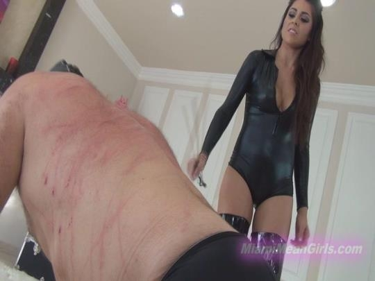 MiamiMeanGirls: Broken by Jasmines Whips n Canes (FullHD/1080p/498 MB) 25.04.2017