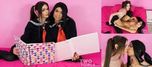 Twotgirls.com [Valentina Mia & Kira Crash - Teen Lesbian Schoolgirls Fuck After Studying] FullHD, 1080p
