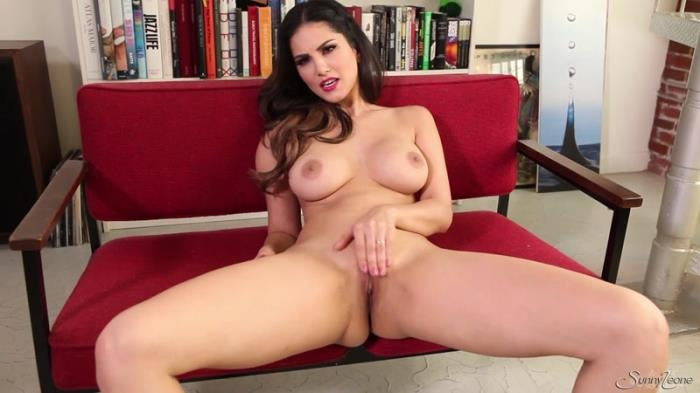 Sunny Leone - Angelic Sunny In Erotic Baby Doll / 26-04-2017 (SunnyLeone) [FullHD/1080p/MP4/450 MB] by XnotX