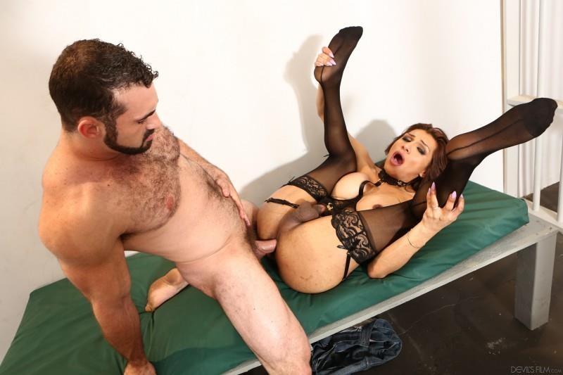 DevilsFilm.com: Jaxton Wheeler, Jessy Dubai - TS Hookers 2 [HD] (873 MB)