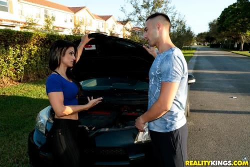 8thStreetLatinas.com / RealityKings.com [Nina Skye - What An Ass] SD, 432p