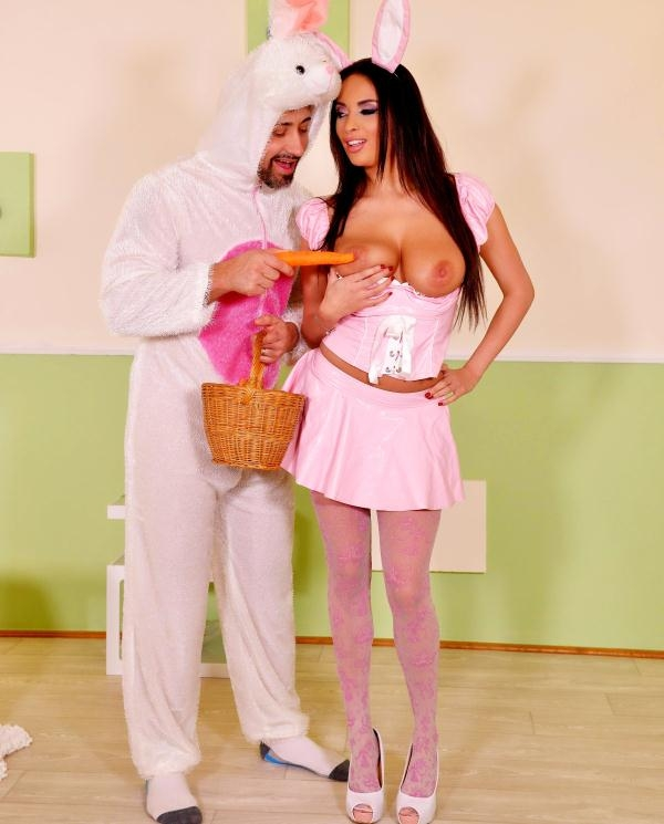 HandsonHardcore: Anissa Kate  - Sexy Tasty Easter Bunny: A Horny Milfs Cosplay Adventure (2017) HD  720p