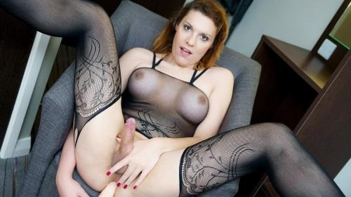 UK-TGirls.com [Nikki Vidic - Fishnets And Dildo With Nikki] FullHD, 1080p