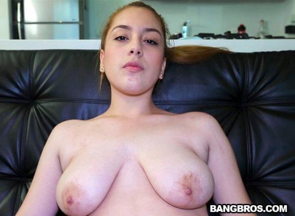 Ariel Bolivar - Daddys girl gets the Dick - ColombiaFuckFest.com / BangBros.com (SD, 480p)