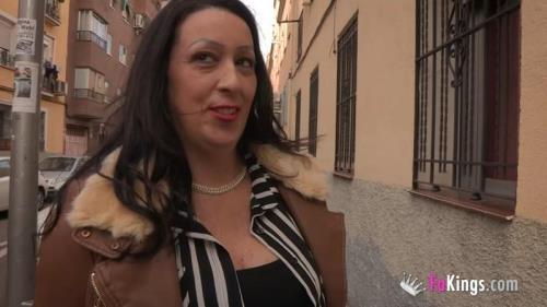 FaKings.com [Sofia MILF - Una MILF recuperando su vida. Sofia se folla a un ninato y... Se lo dedica a su exmarido!] HD, 720p