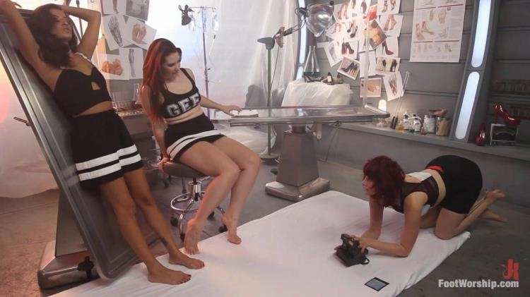 Melody Jordan, Maitresse Madeline Marlowe, Cassidey - Lesbian Foot Lab: Maitresse Madeline Submits To Feet [FootWorship / HD]