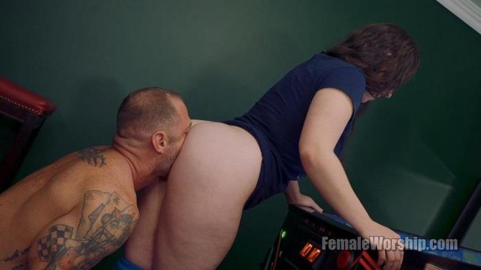 I Think You\'re Good Luck Back There (FemaleWorship) HD 720p