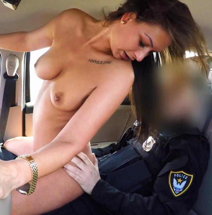 Olivia Netta - Cops Cum Makes Her Late  [HD 720p]