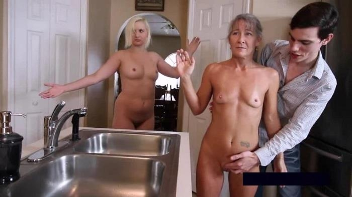 Leilani Lei, Fifi Foxx - Frozen Family (XXX Multimedia, Clips4Sale) HD 720p