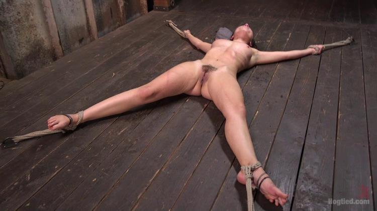 Roxanne Rae - 65 Minutes of Hell!! [Kink, Hogtied / HD]