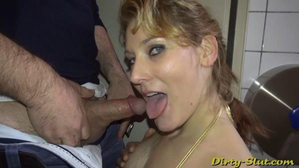 Nikki Sucking Off 15 Strangers At The Men's Room - Dirty-slut.com (HD, 720p)