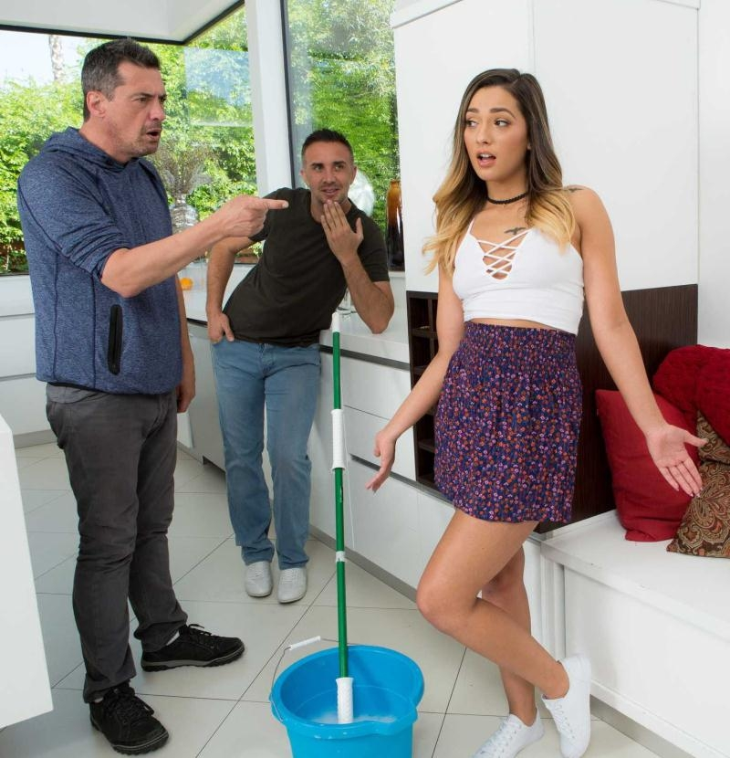 Brazzers - Jaye Summers [Earning Her Allowance] (HD 720p)