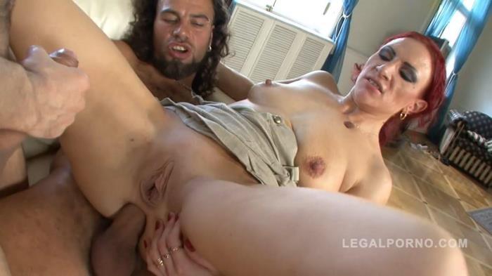 LegalPorno.com - Mature slut Alina gets double penetrated NR250 [HD, 720p]