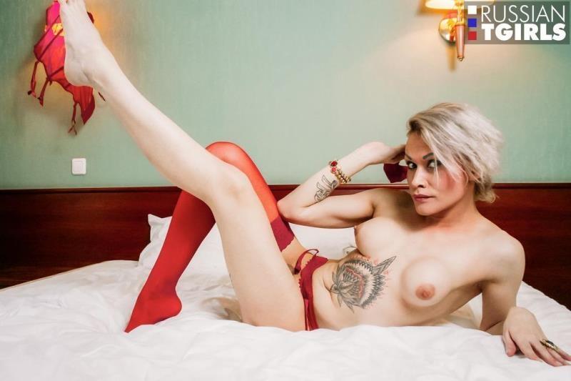 Russian-TGirls.com: Sabi Detka - Lady In Red [HD] (559 MB)