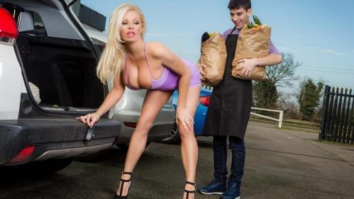 MilfsLikeItBig.com / Brazzers.com [Michelle Thorne - Sneaky Slut Bags The Scoundrel] SD, 480p