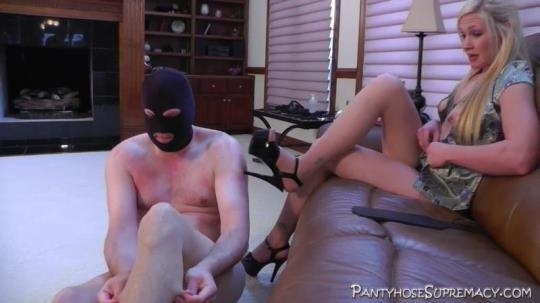 PantyhoseSupremacy: Mistress Ariel - Tormented by Ariel - 2 of 5 (HD/720p/347 MB) 25.04.2017