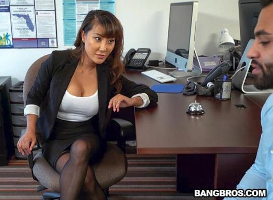 BangBrosClips, BangBros: Tiffany Rain - Tiffany finally gets fucked in her office (SD/480p/352 MB) 22.04.2017