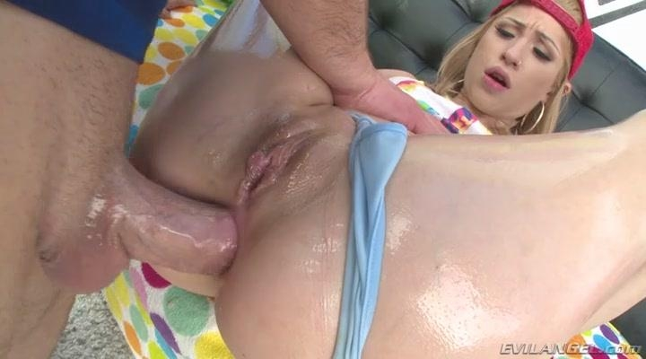EvilAngel.com: Goldie Glock - Goldie\'s Greasy, Gaping Butt Fuck [SD] (399 MB)