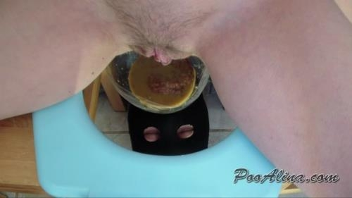Scat [Alina pooping in mouth of a toilet slave with shit and diarrhea with a fart - Femdom Scat] FullHD, 1080p