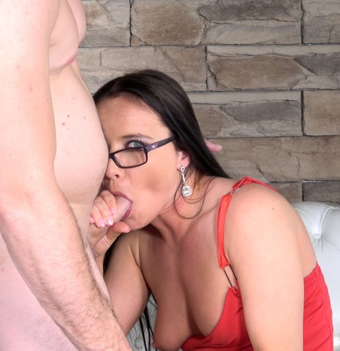 MeloneChallenge - Wendy Moon - Wendy Loves Slovakian Meat  (1080p / FullHD)