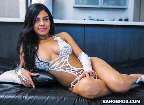 ColombiaFuckFest.com / BangBros.com [Valeria Marin - Valerias First Time] SD, 480p