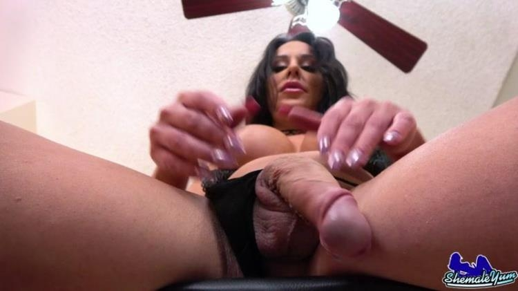 Cumshot Monday with Tranny Marissa Minxx Cums For You [Shemale Yum / FullHD]