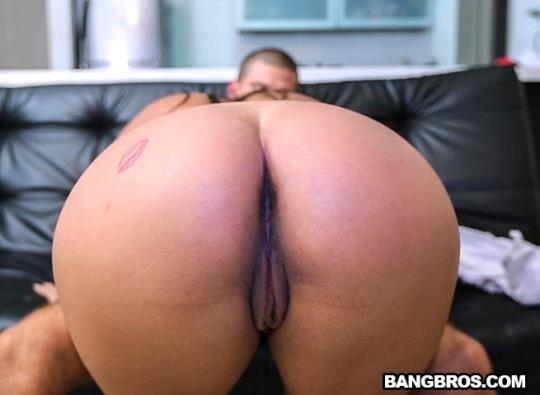 ColombiaFuckFest, BangBros: Susana Santos - Thanks for the Big Colombian Mammaries (SD/480p/217 MB) 26.05.2017