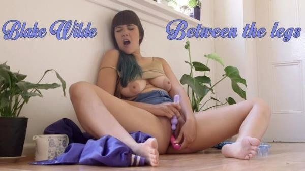 GirlsOutWest - Blake Wilde - Between The Legs [FullHD, 1080p]