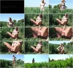 Watering the grass [G2P, Got2Pee / FullHD]
