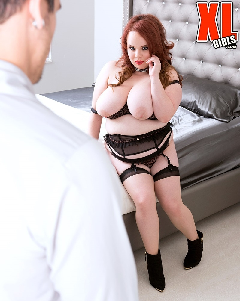 XLGirls/PornMegaLoad - Quinn Rain [A Horny Little Redhead] (HD 720p)