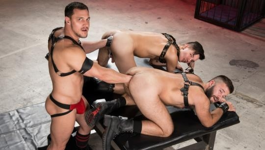 ClubInfernoDungeon: Gage Lennox, Joey D, Issac Lin - Deep Hole Dungeon, Scene 6 (HD/720p/1023 MB) 22.05.2017