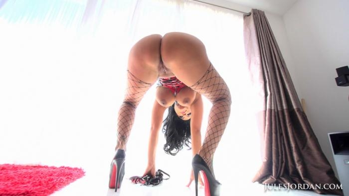 JulesJordan - Kiara Mia - Big Monster Latina Ass (720p / HD)