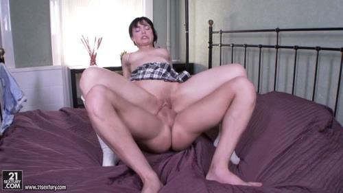 AnalTeenAngels.com [Tetti Dew Korti Anal Schoolgirl] SD, 400p